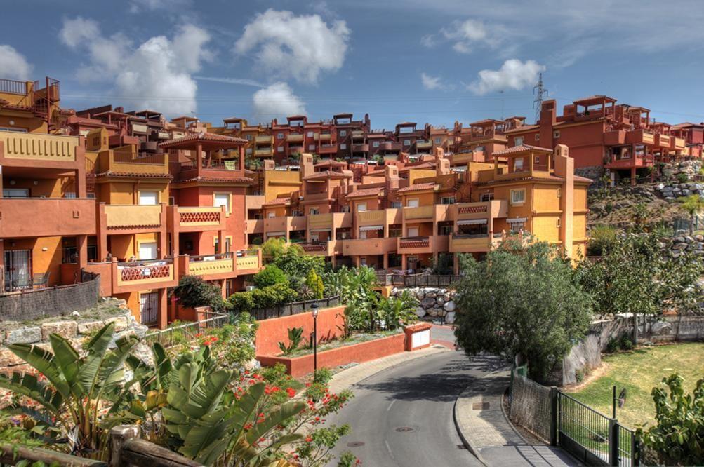 AS2810 | 2 Bed Apartament, Marbella