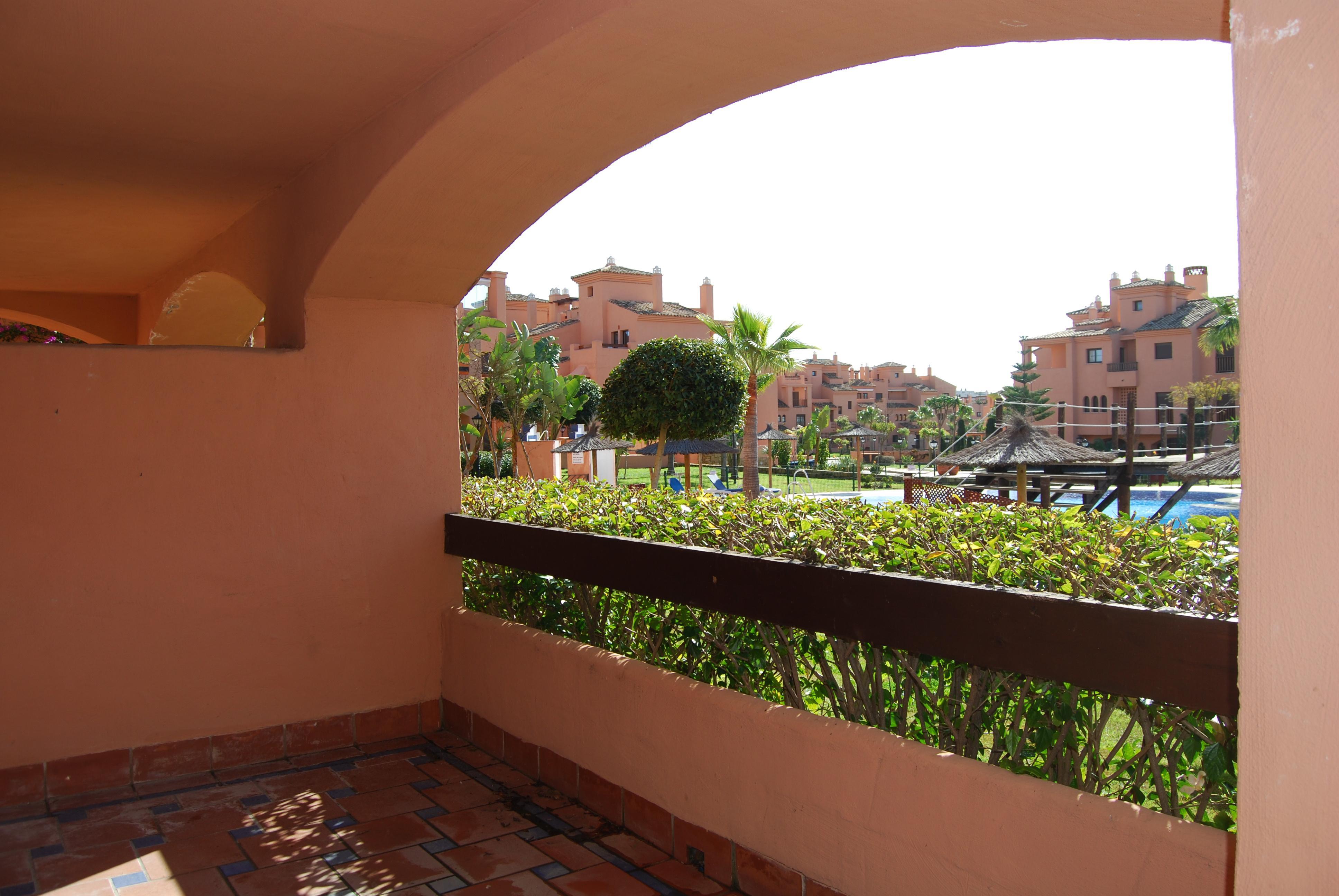 SAB90   2 Bed Apartment, Estepona