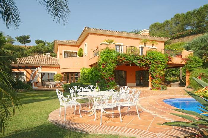 Недвижимость в испании обзор