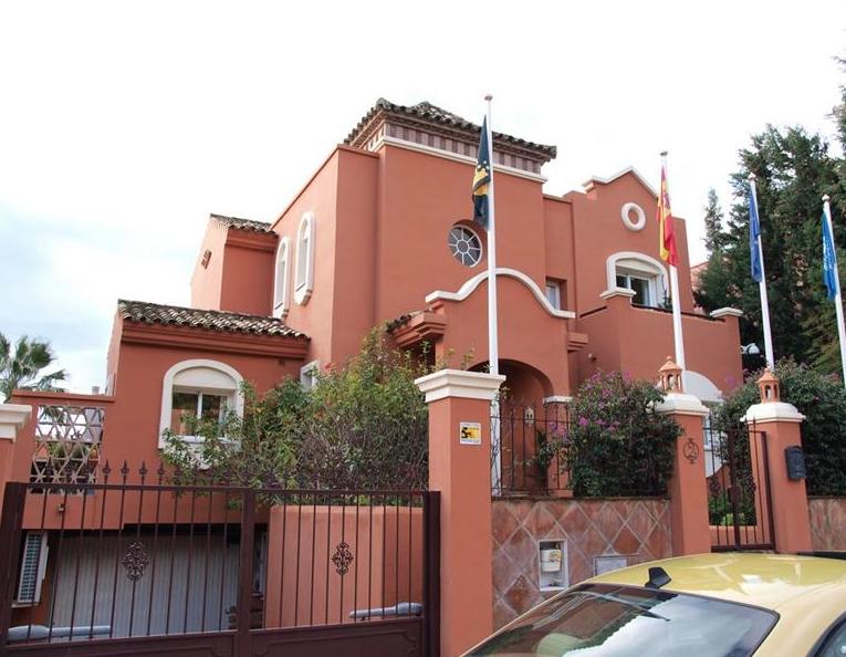 AV1503 | Villa In Puerto Banus