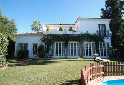 VDO504 | Villa in Casablanca Beach, Marbella