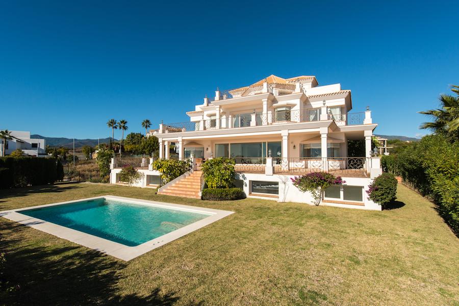 Villa landhaus modern  Marbella Traumhaus Immobilien Objekte Villa Penthouse