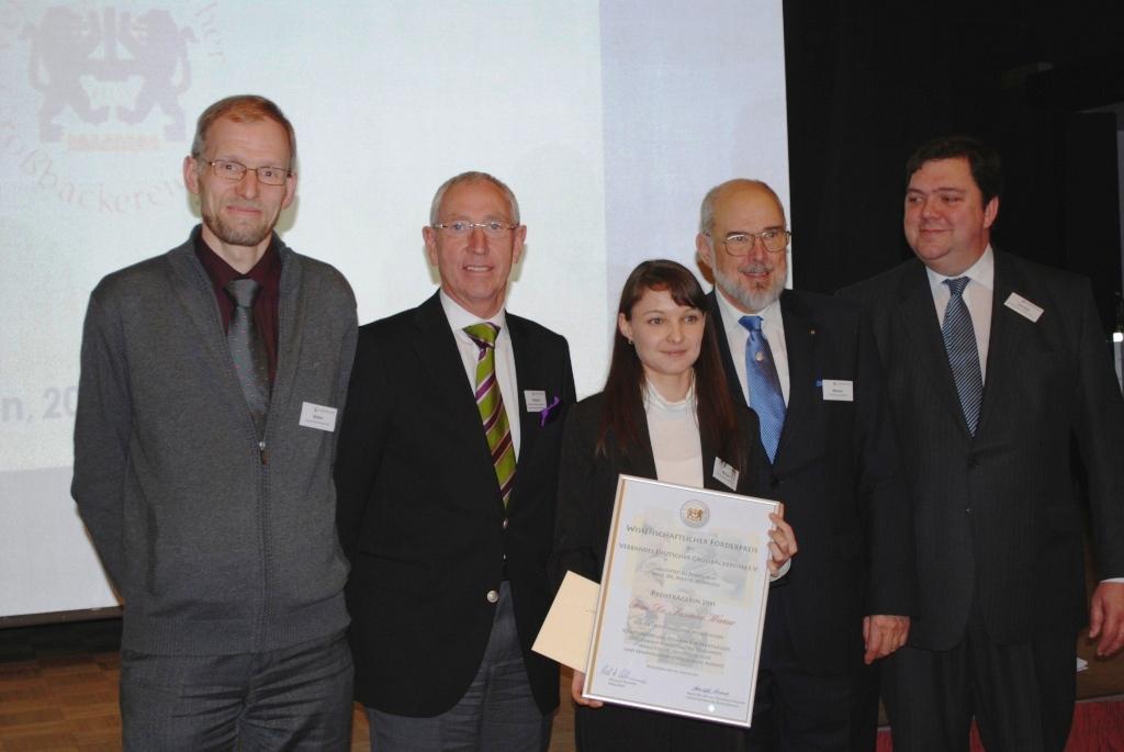 Das Bild zeigt die Preisverleihung 2011