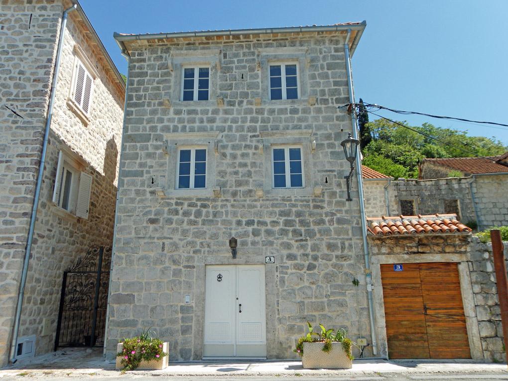 Historic captains house Perast