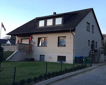 Großzügiges Zweifamilienhaus mit großem Grundstück